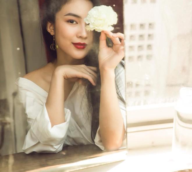 Ăn chay trường, chọn cách sống an yên, Helly Tống vẫn khiến người ta chú ý vì vẻ đẹp kiêu sa ở tuổi 23 - Ảnh 13.