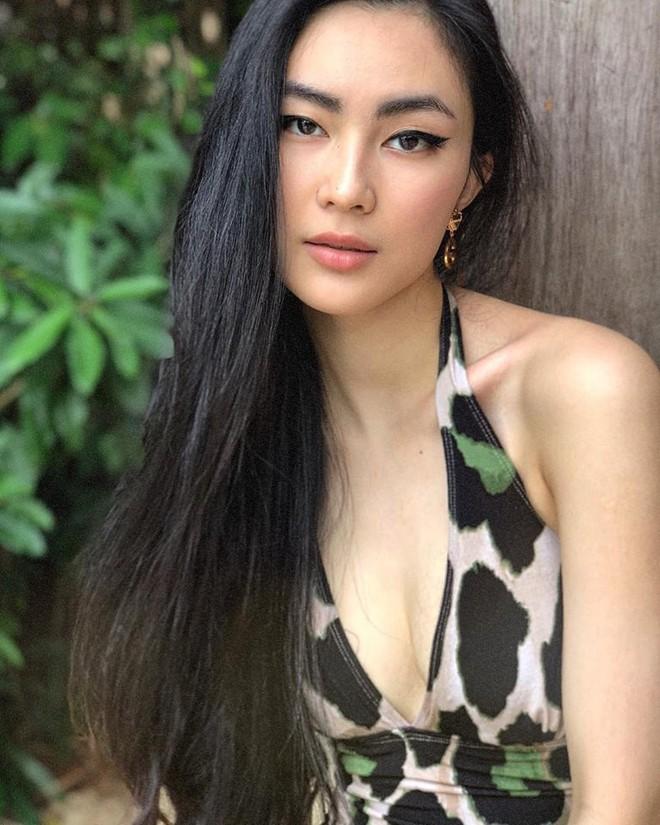 Ăn chay trường, chọn cách sống an yên, Helly Tống vẫn khiến người ta chú ý vì vẻ đẹp kiêu sa ở tuổi 23 - Ảnh 1.