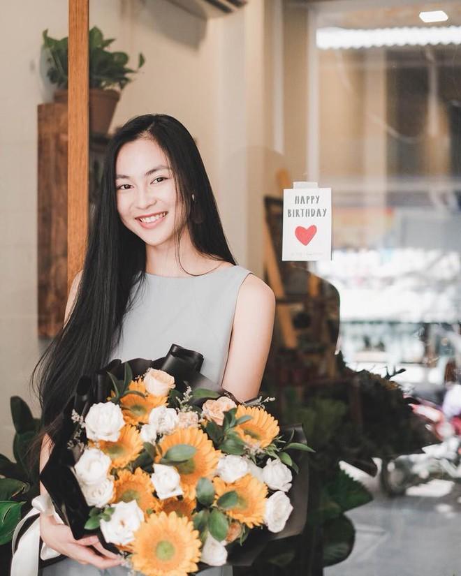 Ăn chay trường, chọn cách sống an yên, Helly Tống vẫn khiến người ta chú ý vì vẻ đẹp kiêu sa ở tuổi 23 - Ảnh 8.