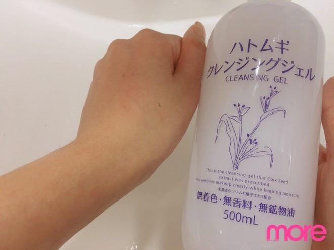 Thử nghiệm 9 sản phẩm tẩy trang phổ biến: Có loại làm sạch hoàn toàn, có loại lại gây thất vọng - Ảnh 18.