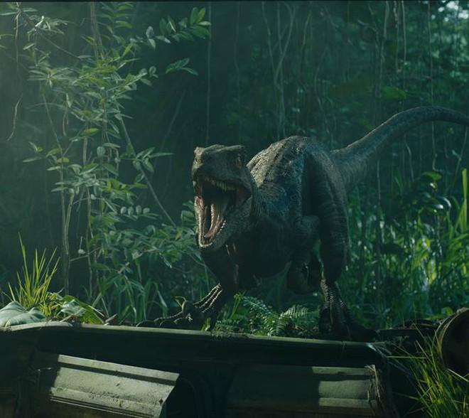 Vén màn bí mật đại phim trường hoành tráng trong bom tấn Thế giới khủng long - Ảnh 3.