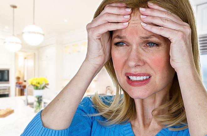Nguyên nhân gây nên tình trạng tự chảy nước mắt không thể tự kiềm chế - Ảnh 3.