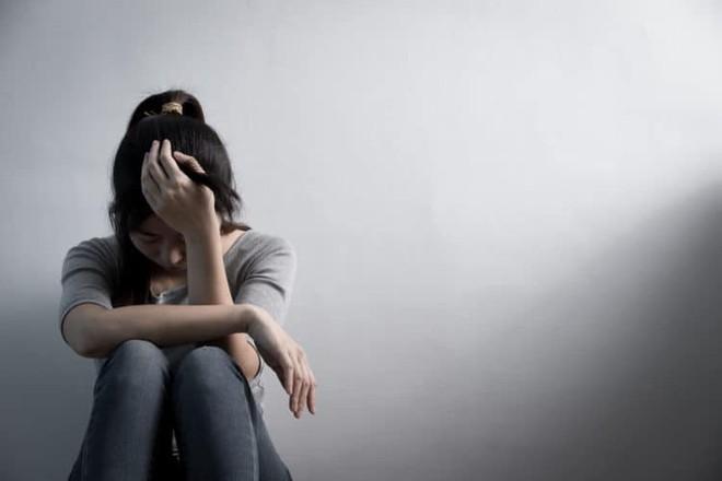 Nguyên nhân gây nên tình trạng tự chảy nước mắt không thể tự kiềm chế - Ảnh 6.