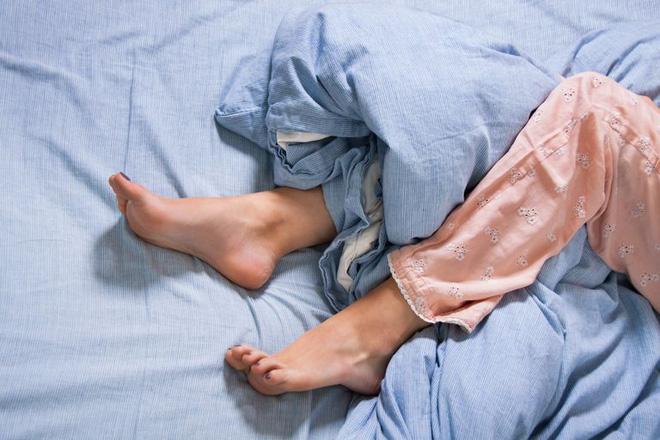 Vì những tác nhân này mà bạn luôn phải thức dậy vào nửa đêm, làm thế nào để khắc phục? - Ảnh 3.