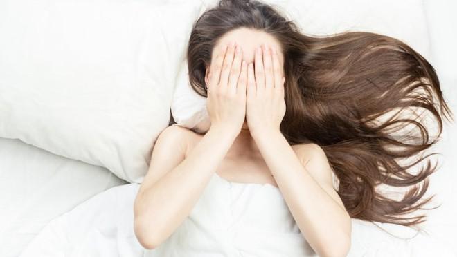 Nếu muốn tránh thai bằng cách dùng các loại thuốc, chị em hãy cẩn trọng với những tác dụng phụ này - Ảnh 4.