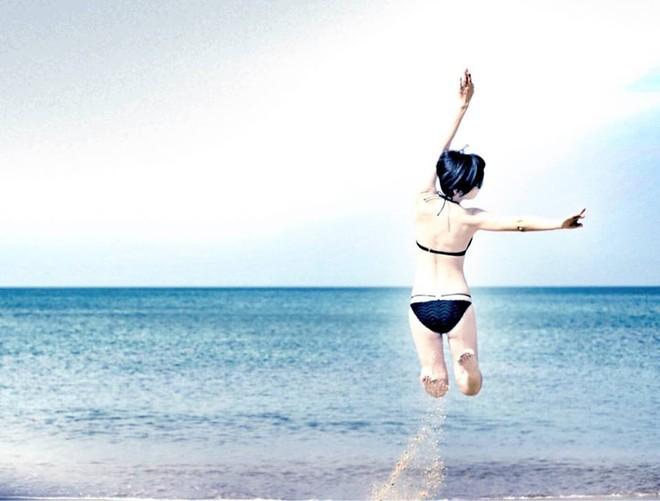 Bước sang tuổi 43, mỹ nhân TVB Xa Thi Mạn chẳng ngại khoe mặt mộc trắng hồng không tì vết - Ảnh 8.