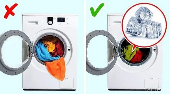 9 mẹo hay trong giặt giũ giúp áo quần lúc nào cũng như mới tinh như vừa mua về - Ảnh 8.