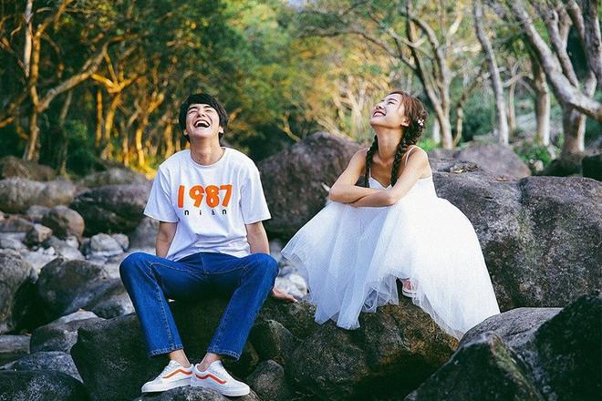 Bộ ảnh cưới đẹp mê đang khuấy đảo MXH: Thần thái quá đỗi tự nhiên, tình và mãn nguyện - Ảnh 14.
