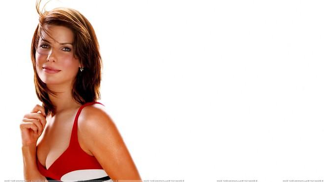 Mỹ nhân đẹp nhất thế giới Sandra Bullock: Cú sốc bị lạm dụng tình dục và nỗi đau của người đàn bà bị chồng phản bội - ảnh 1