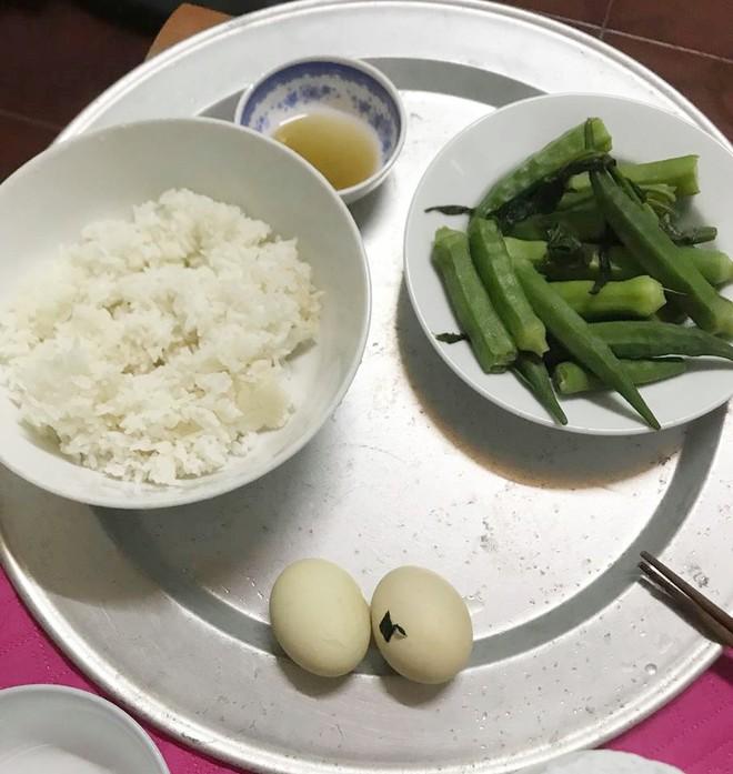 Gửi 5 triệu nhờ mẹ chồng mua đồ ăn giúp, dâu trẻ ở cữ vẫn cay đắng với liên khúc combo 2 trứng 1 rau mỗi ngày - Ảnh 2.