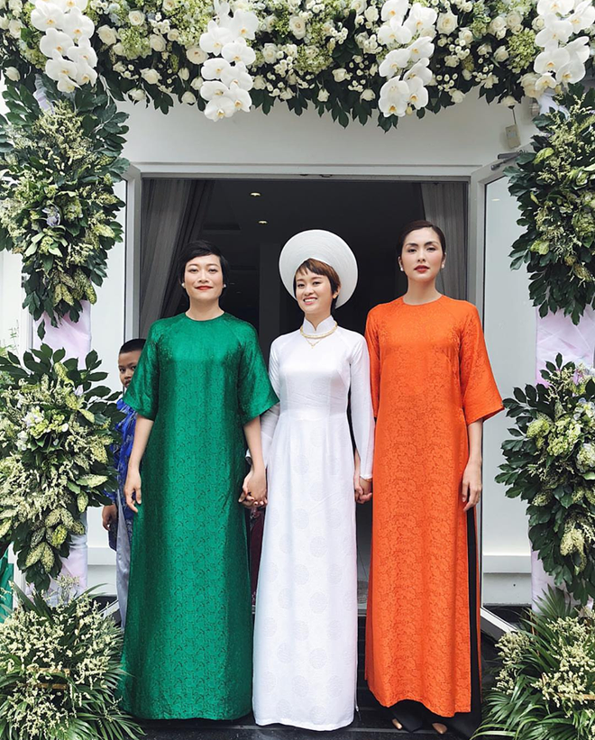 Chỉ mặc áo dài mà Tăng Thanh Hà cũng gây xôn xao mạng xã hội - Ảnh 2.