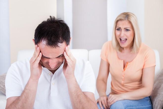 Tâm sự đẫm nước mắt của người vợ có chồng ngoại tình: Chồng tôi có gia đình thứ 2 chỉ cách tôi 5km - Ảnh 3.