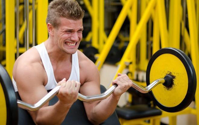 Tập gym quá sức: chàng trai này suýt phải đánh đổi bằng cả tính mạng của mình - Ảnh 2.