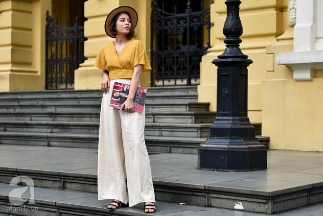 Học cách diện đồ đũi đẹp và sang như các quý cô miền Bắc trong street style tuần này