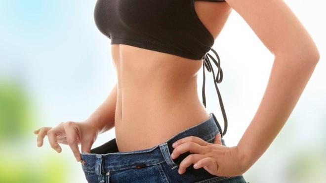 Cô gái 29 tuổi bị xung huyết niêm mạc dạ dày chỉ vì giảm cân theo cách mà rất nhiều người đang làm - Ảnh 1.