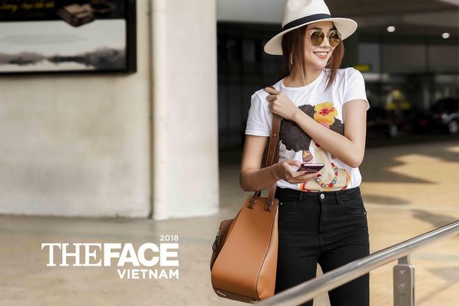 Đều lên đồ ra sân bay chuẩn bị casting The Face, Thanh Hằng - Minh Hằng mặc đẹp bất phân thắng bại - Ảnh 4.