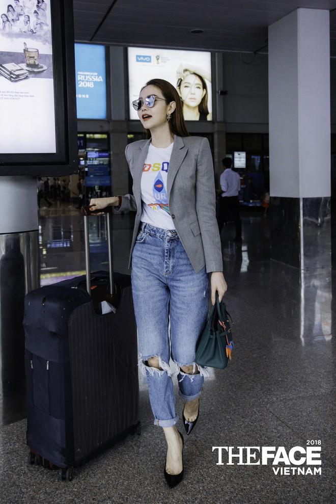 Đều lên đồ ra sân bay chuẩn bị casting The Face, Thanh Hằng - Minh Hằng mặc đẹp bất phân thắng bại - Ảnh 8.