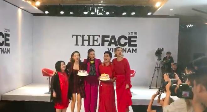 Võ Hoàng Yến - Minh Hằng - Thanh Hằng choàng vai bá cổ hát mừng sinh nhật Nam Trung  - Ảnh 1.