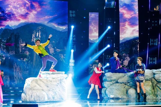 Cẩm Ly thay đổi 180 độ trên sân khấu khiến ai nấy đều ngỡ ngàng - Ảnh 3.