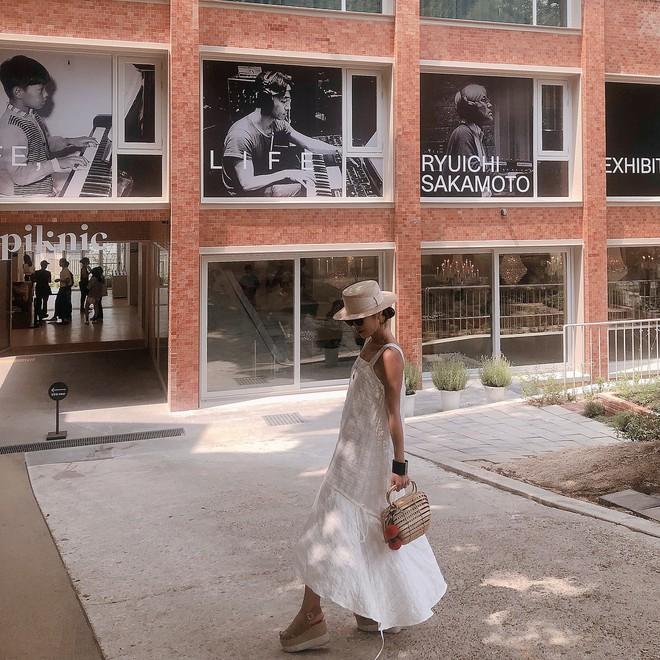 Street style diện toàn màu nền nã ngắm mãi không chán của các quý cô Châu Á - Ảnh 7.