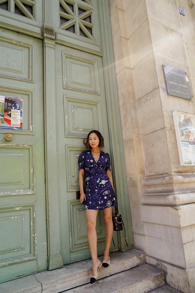 Street style diện toàn màu nền nã ngắm mãi không chán của các quý cô Châu Á - Ảnh 10.