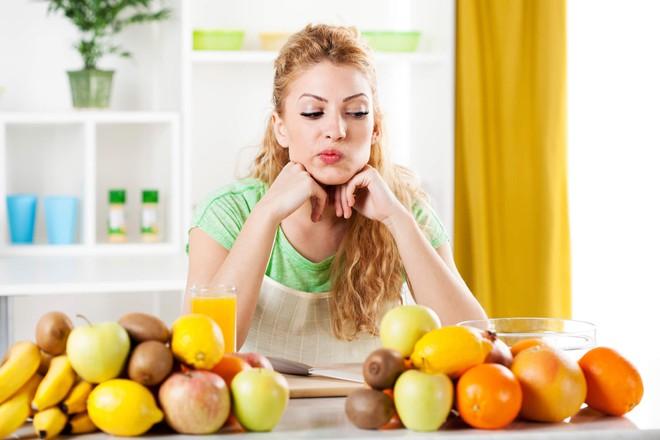 Giải mã những hiểu lầm: Nên và không nên ăn trái cây khi nào, có nên ăn trái cây buổi tối không? - Ảnh 5.