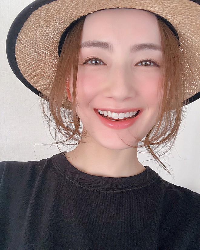 4 sản phẩm rửa mặt tạo bọt của Nhật giúp làm sạch hiệu quả và còn rất dễ mua tại Việt Nam  - Ảnh 1.