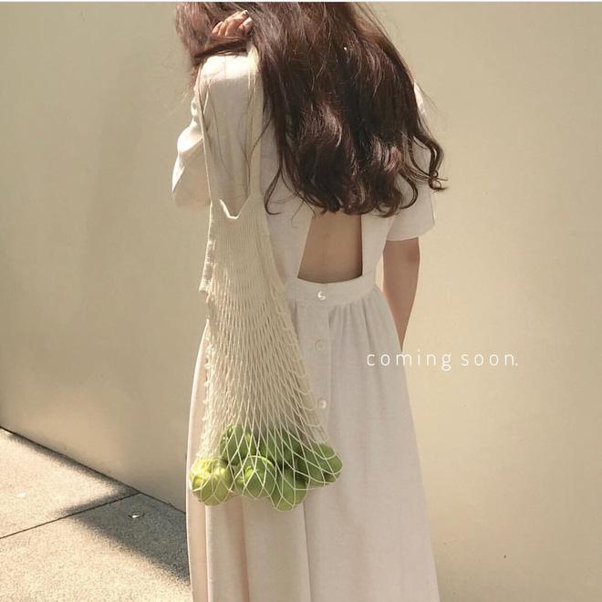 Combo gái Hàn mê nhất hè này chắc chắn là mặc đồ đũi be vàng và đeo 3 kiểu túi sau - Ảnh 11.