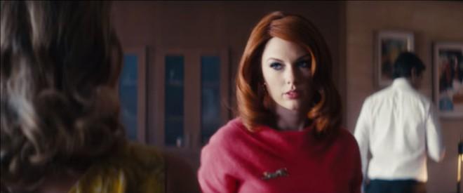 Taylor Swift làm tiểu tam tóc đỏ quyến rũ trai đẹp Superman đã có vợ - Ảnh 4.