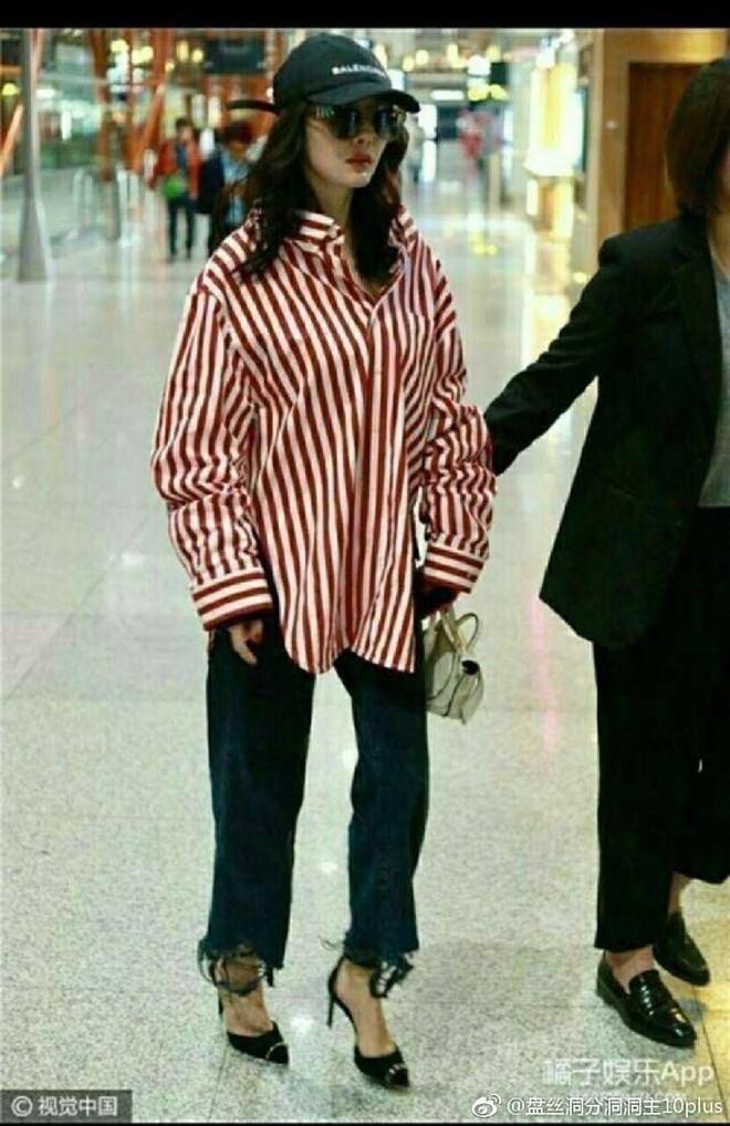 Sự thật ít ai ngờ tới phía sau những bức ảnh thời trang sân bay đẹp long lanh của sao Hoa ngữ - Ảnh 6.