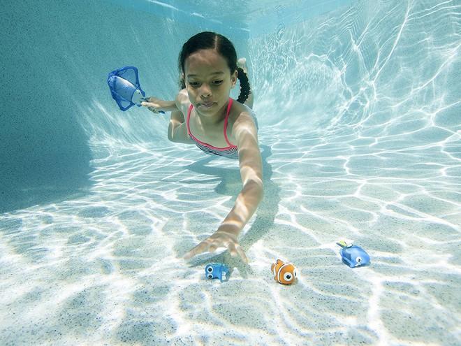 Top 5 bộ đồ chơi đáng sắm dịp hè này để cả nhà thoả sức chơi đùa tại bể bơi - Ảnh 2.