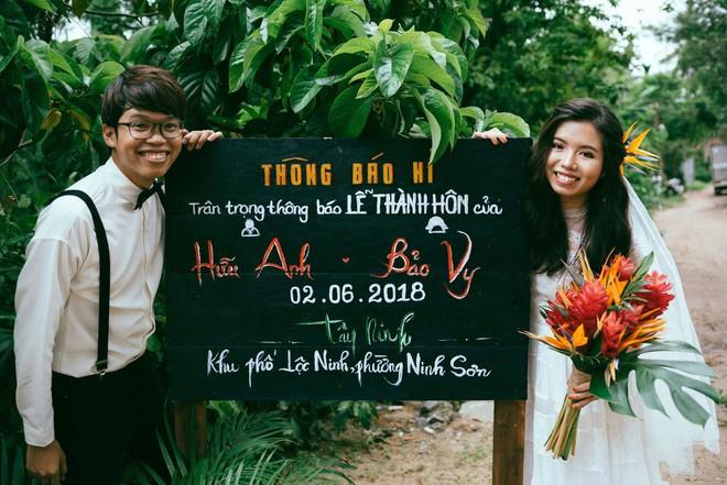 Chàng quản lí của Chi Pu dựng rạp làm đám cưới style ông bà anh vừa chất, vừa vui ngất - Ảnh 3.