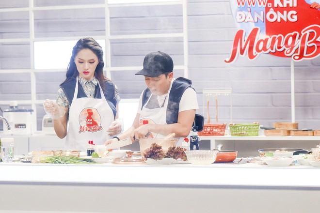 Trường Giang xúc động chia sẻ về tuổi thơ cơ cực không có mẹ, tự nấu bếp cay xè - Ảnh 7.