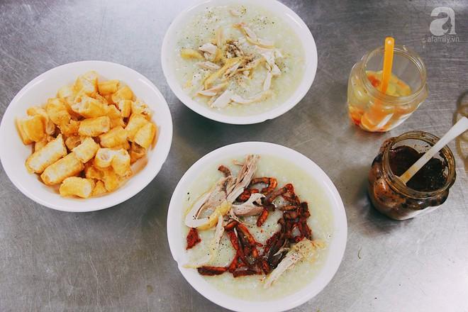 Khám phá món cháo đậu xanh bò khô có 1-0-2 gần 10 năm tuổi trong ngõ Bạch Mai - Ảnh 4.
