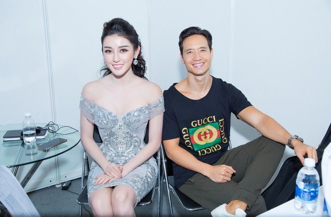 Vắng Hồ Ngọc Hà, Kim Lý vui vẻ trò chuyện cùng Huyền My tại sự kiện - Ảnh 5.
