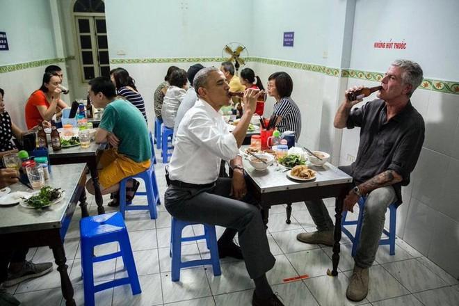 Hành trình yêu và đưa ẩm thực Việt ra thế giới của đầu bếp Mỹ nổi tiếng Anthony Bourdain - Ảnh 5.