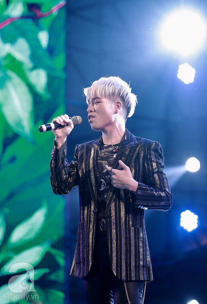 HyunA khoe vũ đạo cực kỳ nóng bỏng còn Highlight lại tặng fan Việt một loạt hit cũ thời còn là B2ST - Ảnh 2.