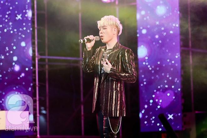 HyunA khoe vũ đạo cực kỳ nóng bỏng còn Highlight lại tặng fan Việt một loạt hit cũ thời còn là B2ST - Ảnh 3.