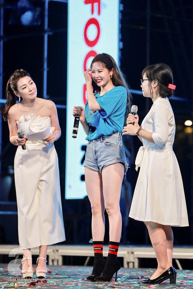 HyunA khoe vũ đạo cực kỳ nóng bỏng còn Highlight lại tặng fan Việt một loạt hit cũ thời còn là B2ST - Ảnh 11.