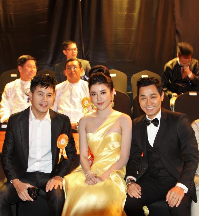 Á Hậu Huyền My e ấp bên Nguyên Khang tại sự kiện quốc tế ở Myanmar - Ảnh 10.