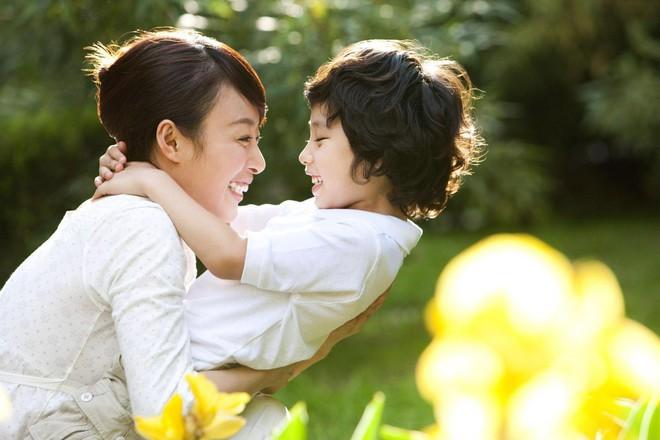 Mặc dù đã cố gắng hết sức, nhưng hai tiếng mẹ ghẻ con chồng  gọi tôi vẫn như những nhát dao đâm thẳng vào tim - Ảnh 3.