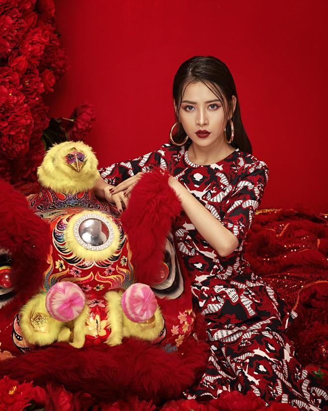 Chi Pu đẹp rực rỡ trong bộ ảnh chào 2018, khẳng định sẽ tăng tốc làm diễn viên - ca sĩ - Ảnh 8.