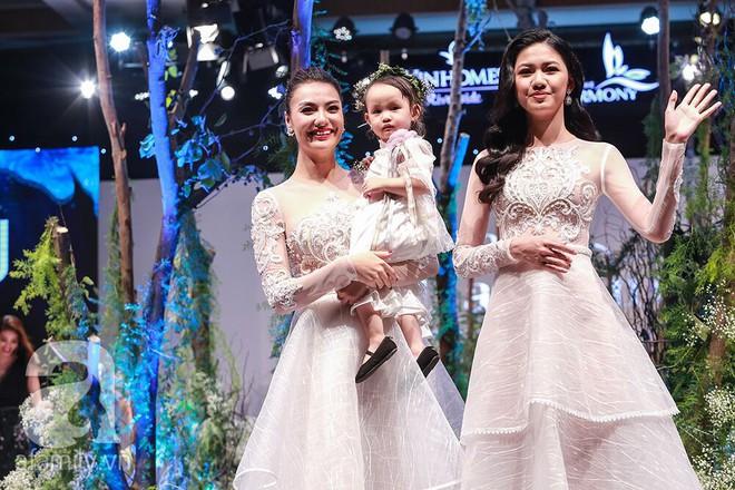 Hồng Quế bức xúc vì con gái 2 tuổi bị vạ lây sau phát ngôn của cô về vụ việc Hoa hậu Hương Giang - ảnh 3