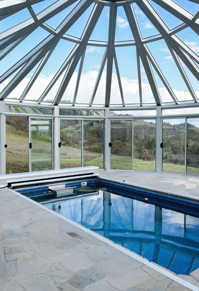 Ngôi nhà trông bên ngoài vô cùng giản dị nhưng khi bước vào bên trong bạn mới hiểu vì sao nó có giá lên tới 174 tỷ đồng - Ảnh 15.