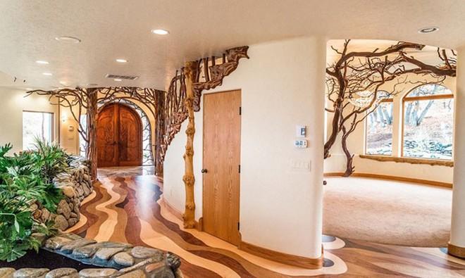 Ngôi nhà trông bên ngoài vô cùng giản dị nhưng khi bước vào bên trong bạn mới hiểu vì sao nó có giá lên tới 174 tỷ đồng - Ảnh 7.