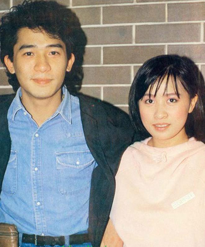Hôn nhân kéo dài hơn 2-3 thập kỷ không con cái nhưng những cặp sao Hoa ngữ này vẫn hạnh phúc như lúc mới yêu khiến ai cũng ngưỡng mộ - ảnh 2