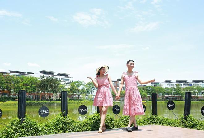 Giận dỗi vì phải tự lo từ trang phục đến chụp ảnh cưới, cô gái phục thù bằng cách cho chú rể mặc váy chụp hình - Ảnh 1.