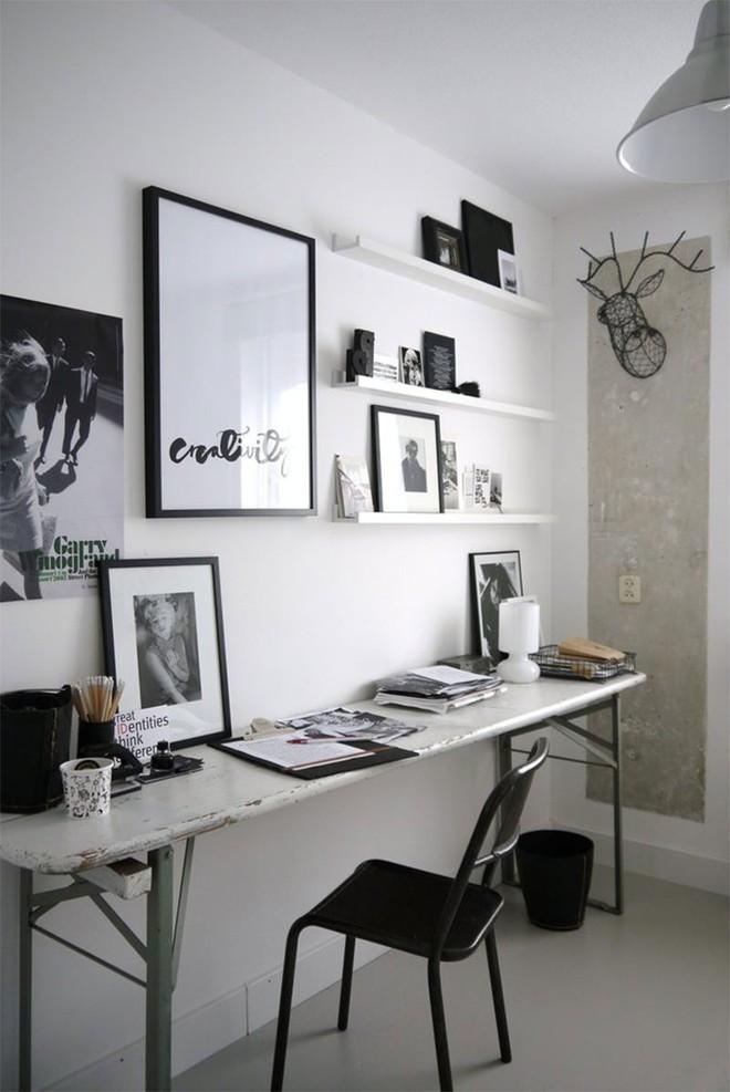 Trang trí nhà với hai gam màu đen và trắng sẽ khiến không gian sống của bạn không bao giờ bị lỗi mốt - Ảnh 1.