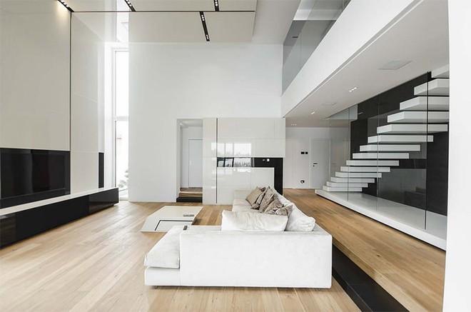 Trang trí nhà với hai gam màu đen và trắng sẽ khiến không gian sống của bạn không bao giờ bị lỗi mốt - Ảnh 10.
