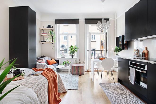 Trang trí nhà với hai gam màu đen và trắng sẽ khiến không gian sống của bạn không bao giờ bị lỗi mốt - Ảnh 15.